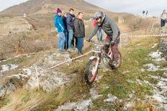 PYATIGORSK, RUSSLAND - 26. NOVEMBER 2017: Motorrad Das entscheidende Rennen Die Nord-Kaukasus-Schale auf moto Versuch Ein von Lizenzfreie Stockfotos