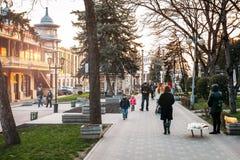 Pyatigorsk, Stavropolsky-Region, Russland - 5. April 2018: Blumen-Garten stockfotos