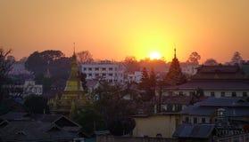 Pyin Oo Lwin,缅甸日落街市  图库摄影
