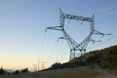 Pylône de l'électricité en France. Photo libre de droits