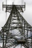 Pylône de pouvoir de l'électricité Images libres de droits