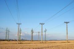 Pylônes d'alimentation d'énergie Images libres de droits