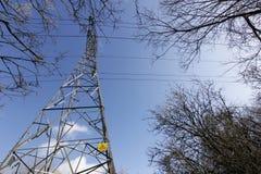 Pylône dans le ciel. Photo libre de droits