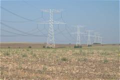 Pylônes de transport de l'électricité Photos libres de droits