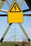 pylon σημάδι ηλεκτρικής ενέργειας Στοκ Φωτογραφία