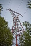 Pylon för hög makt arkivfoto
