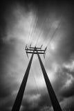 Pylon med trådar royaltyfria bilder