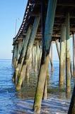 Pylonen van de Virginia Beach-visserijpijler royalty-vrije stock afbeeldingen