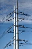 Pyloner för hög spänning Arkivbilder