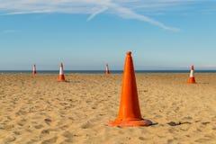 Pyloner på stranden Royaltyfria Foton