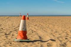 Pyloner på stranden Fotografering för Bildbyråer