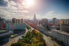 PYONGYANG NORR KOREA-OCTOBER 13,2017: Panorama av punkten för stad uppifrån Royaltyfri Foto