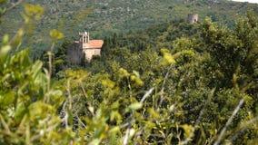 Pyrénées, vues de Castelnou Frances du sud banque de vidéos