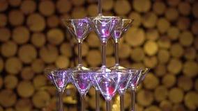 Pyramid av champagne p? partiet lager videofilmer