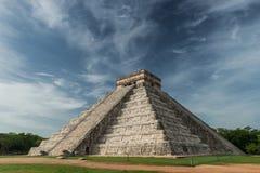 Pyramid av Kukulcan Royaltyfri Fotografi