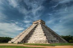 Pyramid av Kukulcan Royaltyfri Bild