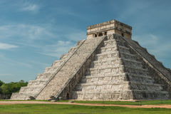 Pyramid av Kukulcan Royaltyfri Foto
