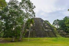 Pyramid av Mundo Perdido Arkivfoto
