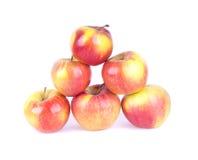 Pyramid av sex äpplen Arkivfoto