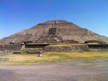 Pyramid av solen Teotihuacan, Mexico Fotografering för Bildbyråer