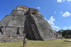 Pyramid av trollkarlen, Uxmal arkivfoton