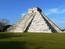 Pyramid of Chichen Itza Royalty Free Stock Images