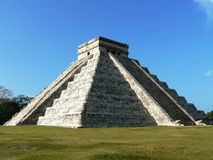 Pyramid of Chichen Itza Royalty Free Stock Photo