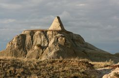 Pyramid in Dinosaur Provincial Park Royalty Free Stock Photos
