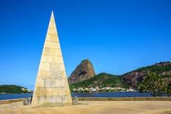 Pyramid Estacio de Sa im Park Flamengo, Rio de Janeiro, Brasilien Lizenzfreie Stockfotos