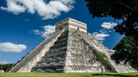 Pyramid of Kukulkan in Chichen Itza maya city, Yucatan Mexico Royalty Free Stock Photos