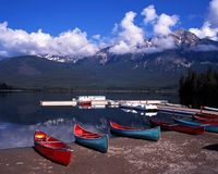 Pyramid Lake, Alberta, Canada. Stock Images