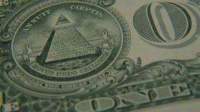 Pyramid på endollar räkningnärbild stock video