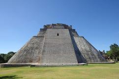 Pyramid på Uxmal Arkivbild