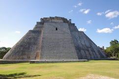 Pyramid på Uxmal Arkivfoto