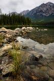 Pyramid sjö Jasper National Park Royaltyfria Foton