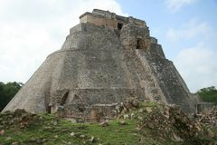 The pyramid at Uxmal, Mexico. Ruins of the pyramid at Uxmal on the Yucatan peninsula, Mexico Royalty Free Stock Images