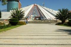 Pyramide au ½ de ¿ de Tiranï, Albanie Photos stock