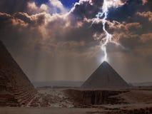 Pyramide-Beleuchtung Lizenzfreie Stockfotografie