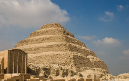 Pyramide d'opération et le funéraire Images libres de droits