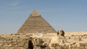 Pyramide de Khafre et le grand sphinx de Gizeh Photo libre de droits