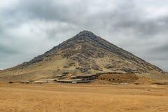 Pyramide de lune de la civilisation de Moche, Pérou image libre de droits