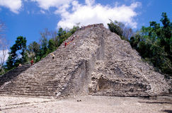 Pyramide de Nohoch Mul Photo stock