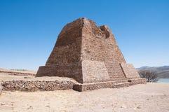 Pyramide de Votiva, La Quemada (Mexique) Photos stock