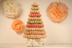Pyramide des macarons Image stock