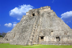 Pyramide des Magiers, Uxmal, Yucatan, Mexiko Lizenzfreie Stockfotografie