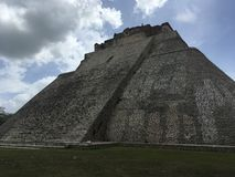 Pyramide des Magiers Uxmal, Yucatan, Mexiko lizenzfreie stockfotos