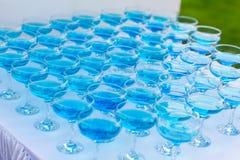 Pyramide des verres de champagne côte image libre de droits