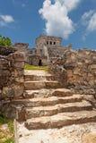 Pyramide-EL Castillo in Tulum Stockfotografie