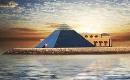 Pyramide en verre Photos libres de droits
