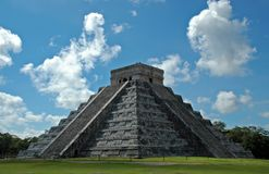 Pyramide maya antique Images libres de droits